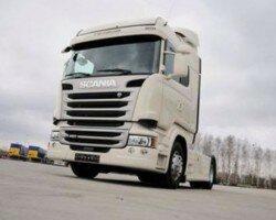 Украинцы неожиданно бросились скупать грузовики
