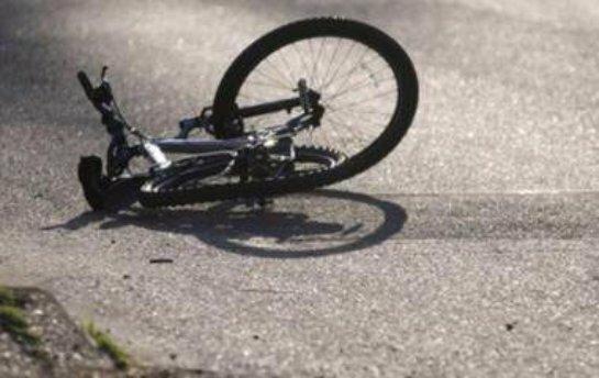 В Киеве машина сбила велосипедиста